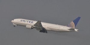 United Airlines Boeing 777 - Travelflight